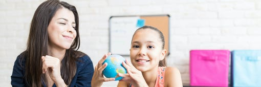 Consejos para hablar del rendimiento escolar de su hijo/a con sus maestros
