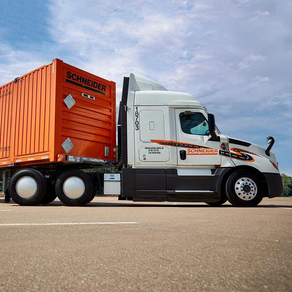 long haul intermodal truck image
