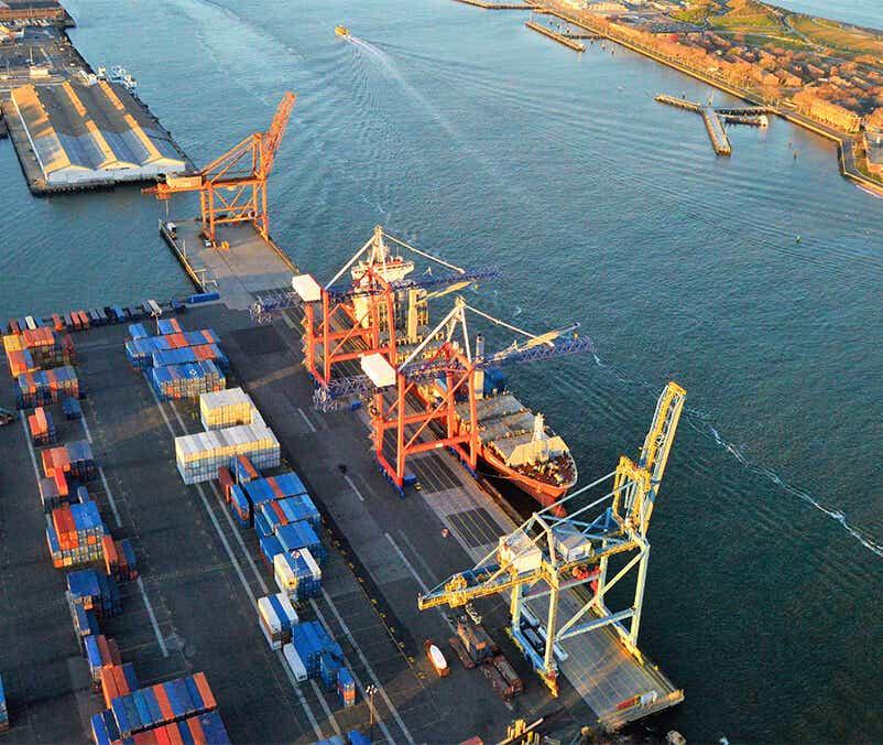 warehousing adn port logistics provider image