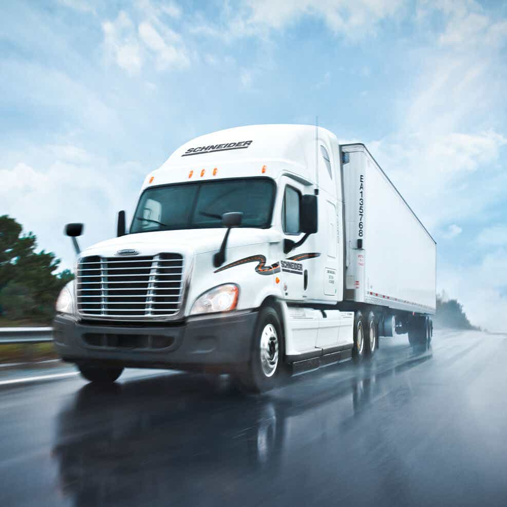 refrigerated freight reefer truck delivering food and beverage cargo