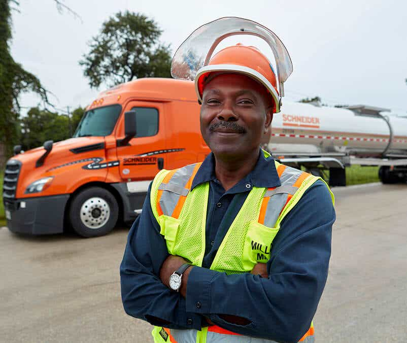 Schneider bulk driver wearing safety gear