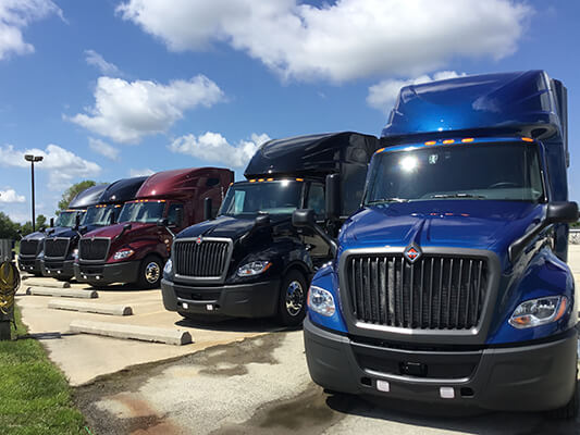International semi truck leasing