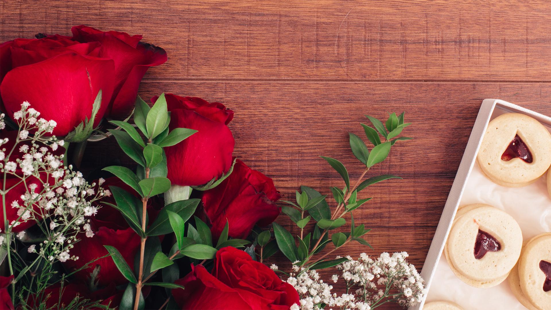Roses & Cookies