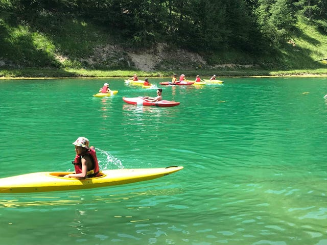 00089432-la-plagne-1800-mineurs-kayak.jpg