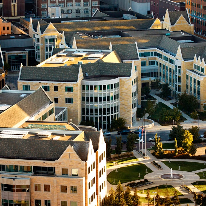 Univ-St-Thomas.jpg