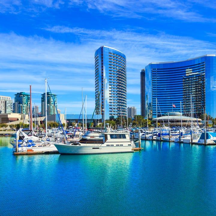 San_Diego_Harbor_Skyline.jpg