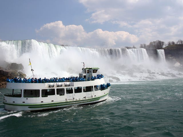 CAN_Region_Niagara_Falls_(Toronto).jpg