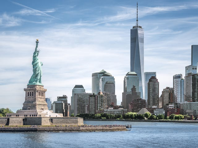 Manhattan_New_York_Statue_of_Liberty.jpg
