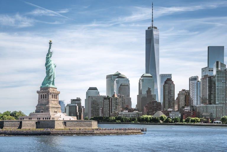 Manhattan_New_York_Statue_of_Liberty.jpg
