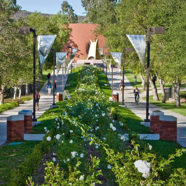 California-Lutheran-University_Campus-2.jpg