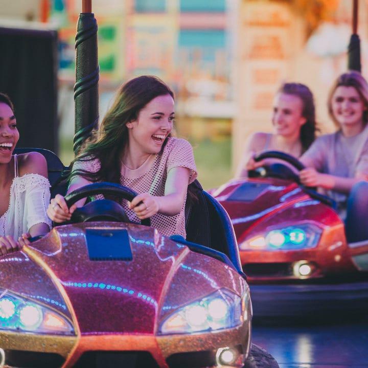 Bumper_Cars_Amusement_Park_Fair.jpg