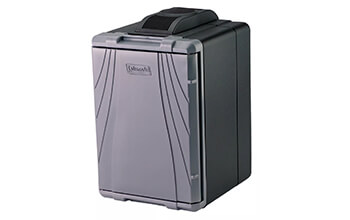 A Coleman 40 Quart PowerChill™ Thermoelectric Cooler is closed and ready to be moved.