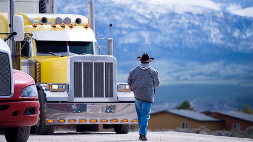 Considering a trucking career? Ask yourself these 4 questions