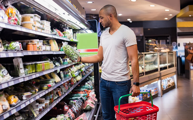 Grocery shopping doesn't need to be difficult. Follow this grocery list for truck drivers and purchase foods that are ready-to-eat and require little prep.