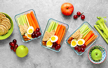 Healthy snacks to avoid getting sick