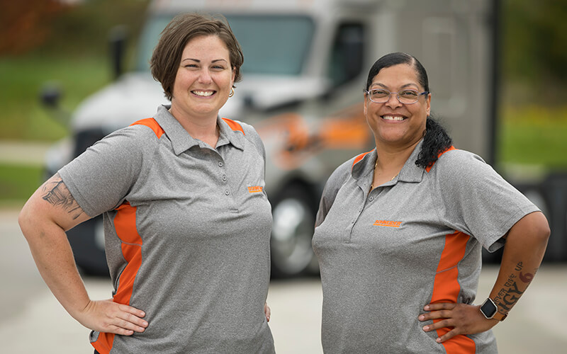 2018 Schneider Featured Female Truck Drivers