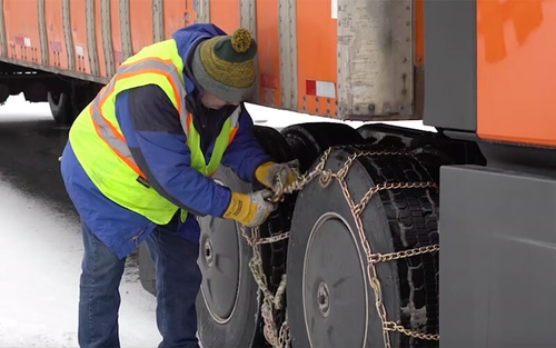 How to put tire chains on a semi-truck