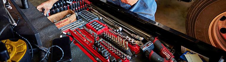 Schneider Diesel Technician Job Benefits