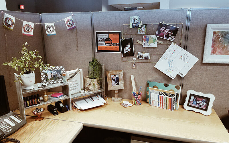 4 Ideas For Decorating Your Workspace