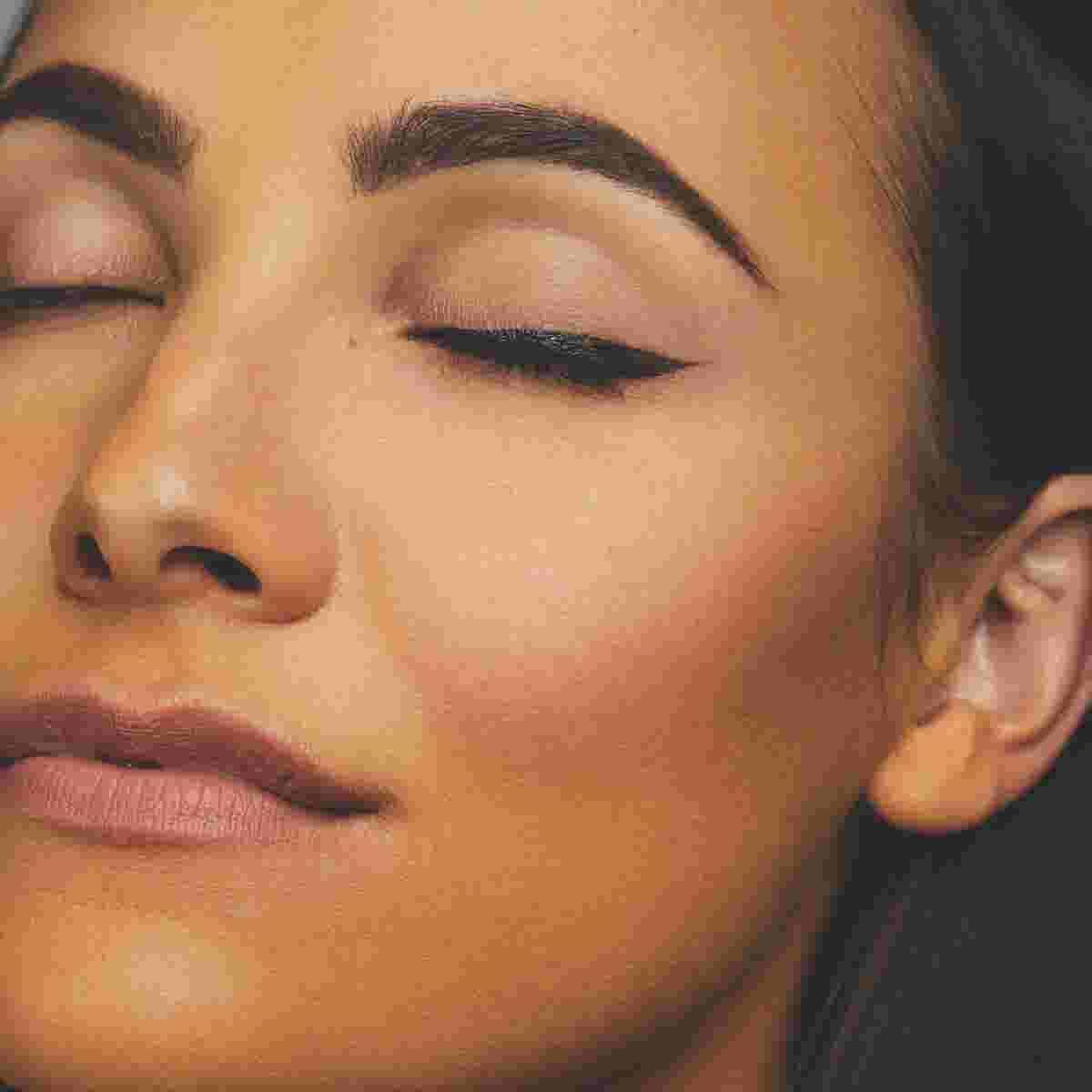 Winged eyeliner tutorial step three