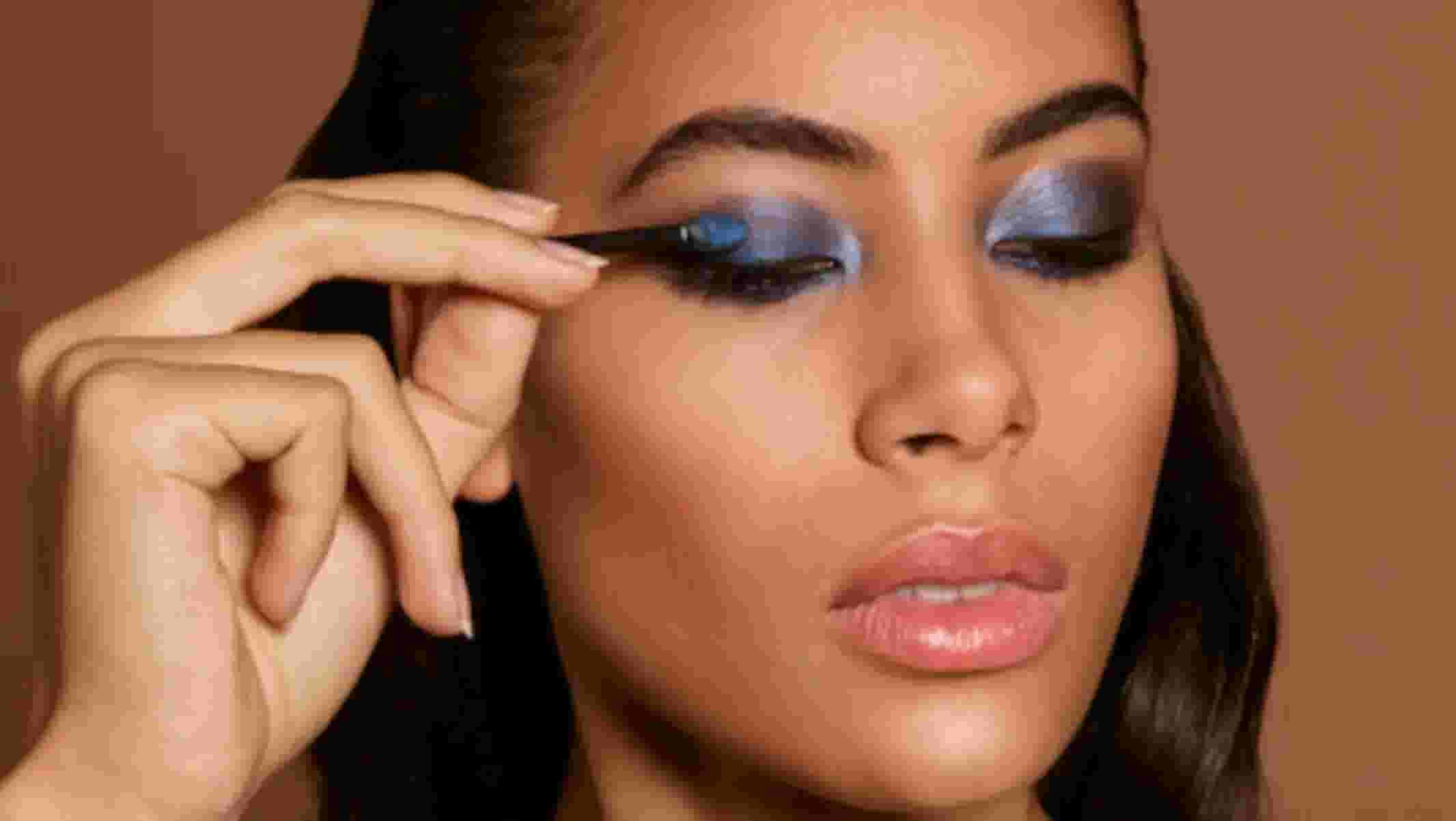 How To Apply Eyeshadow The Makeup Artist Way