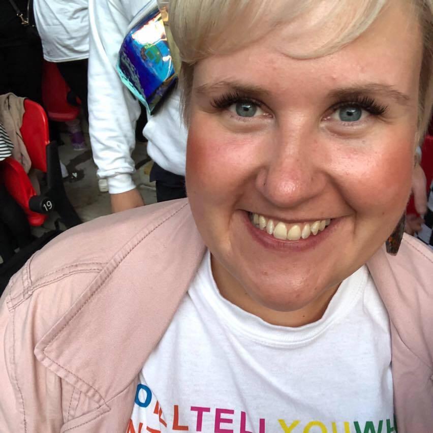 Anna Ossowski profile pic