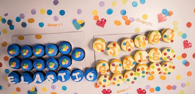 Django_Girls_cupcakes.jpg