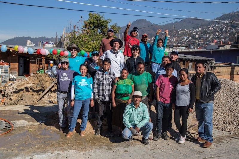 group-photo-habitat-for-humanity-elastic-mexico-vto-march-2018_6820.jpg