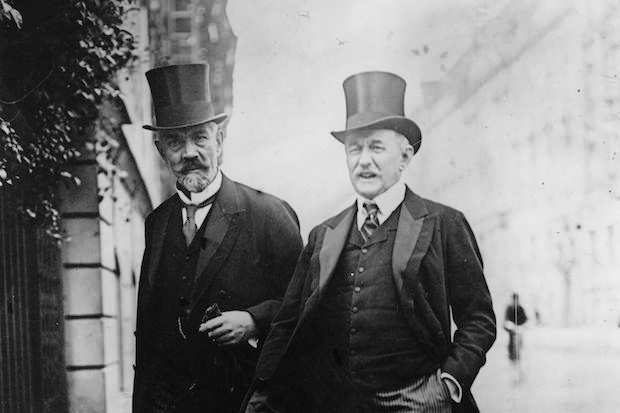 German Chancellor Theobald von Bethmann Hollweg (1856 - 1921) and Count Lerchenfeld of Bavaria.  (Photo by Topical Press Agency/Getty Images)