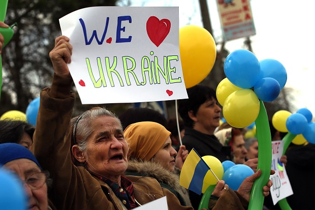 Pro-Ukrainian Tatars demonstrate against the Russian annexation of Crimea.