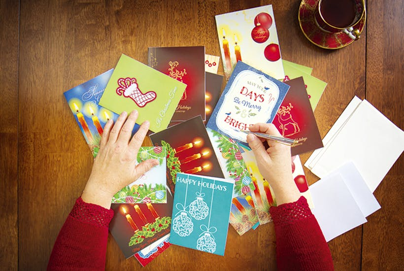 The unwritten rules of sending Christmas cards