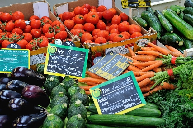It's time to live by Michael Pollan's food rules: 'Eat food. Not too much. Mostly plants.' (PHILIPPE HUGUEN/AFP/Getty Images)