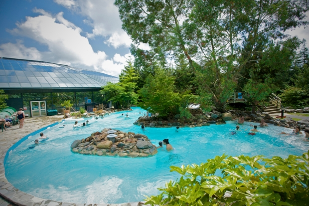 Center parcs longleat a stealth socialist utopia on lord for Aquatic sport center jardin balbuena