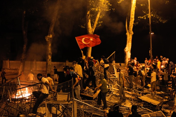 Protestors clash with riot police between Taksim and Besiktas in Istanbul. Photo: GURCAN OZTURK/AFP/Getty Images