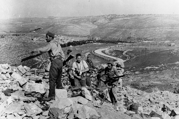 Israeli militiamen operate outside Jerusalem during the 1948 war. Image: Getty