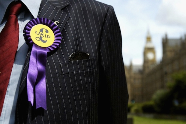 Main Political Parties Take Heavy Losses In UK Euro Vote