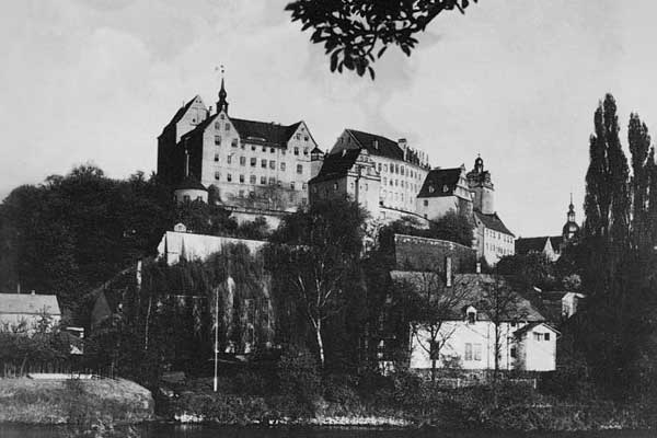 What it's like to escape from Colditz