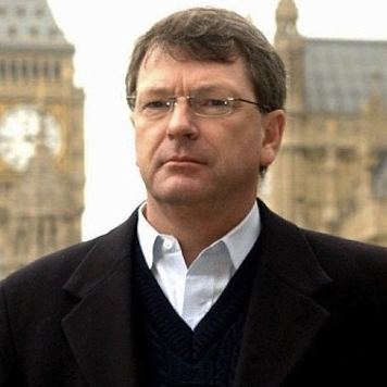 Lynton Crosby needs to be moved into No10