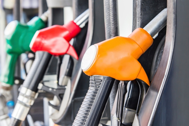 As oil prices plunge, I want to profit from the next spike. Here's how