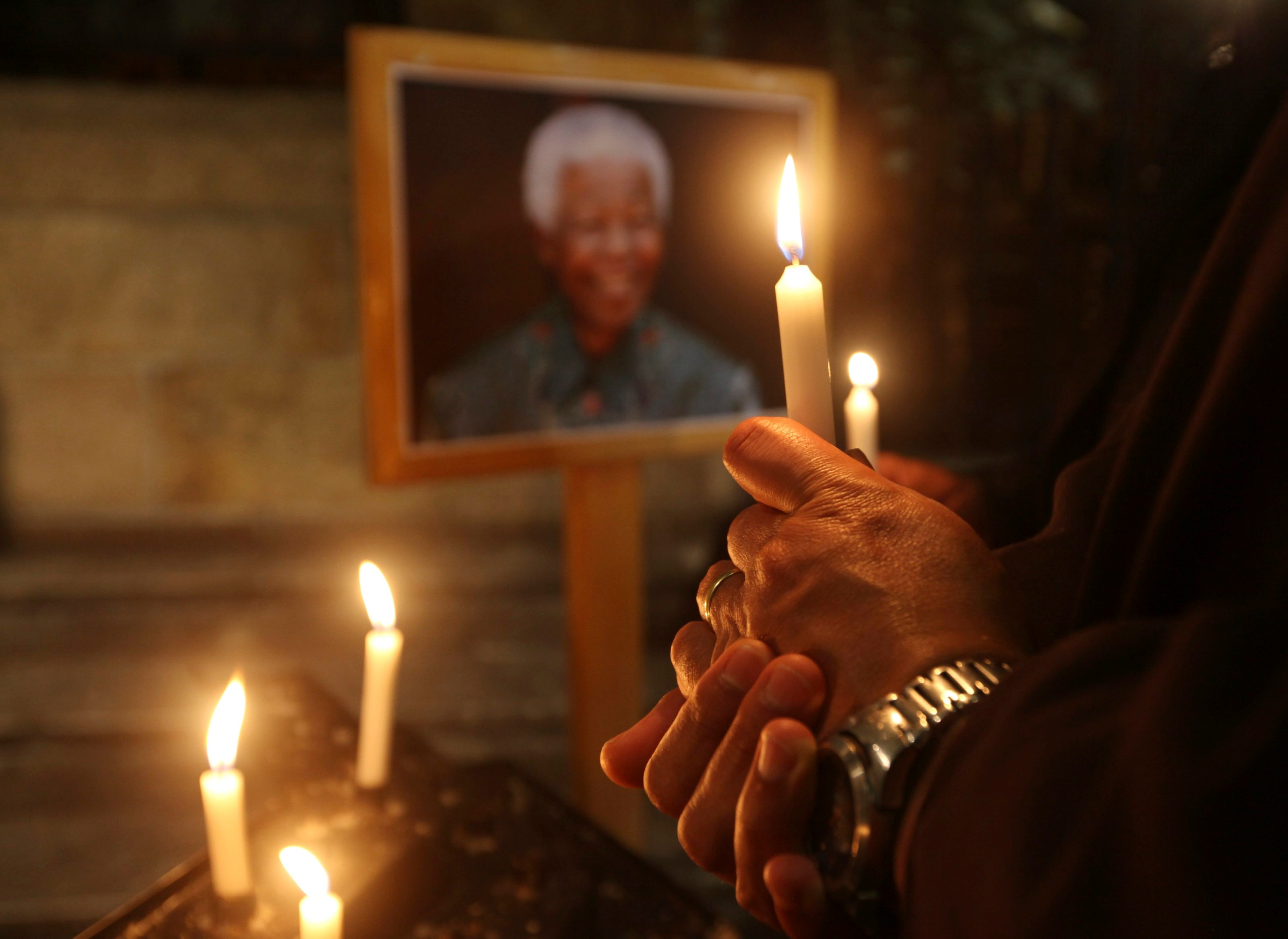 The world's media are waiting for Mandela to die. Here's why he's disappointing them