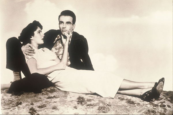 Elizabeth Taylor and Montgomery Clift pose in an old still from the film 'A Place In The Sun' (1951). Image: Getty