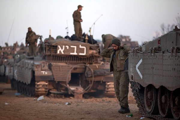 IDF troops stationed near the border with Gaza. Image: Getty.
