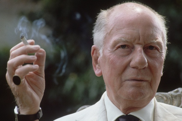 John Gielgud is an unexpected star of the British Library's small but perfectly formed exhibition on crime writing, 'Murder in the Library: An A-Z of Crime Fiction'. Image: Getty.