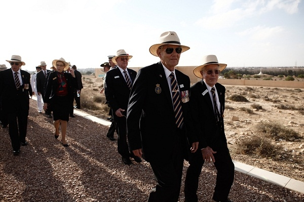 Australian veterans mark the 70th anniversary of the 2nd battle of El Alamein a few days ago. Image: Getty.