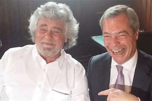 Beppe Grillo and Nigel Farage after meeting for lunch this week.