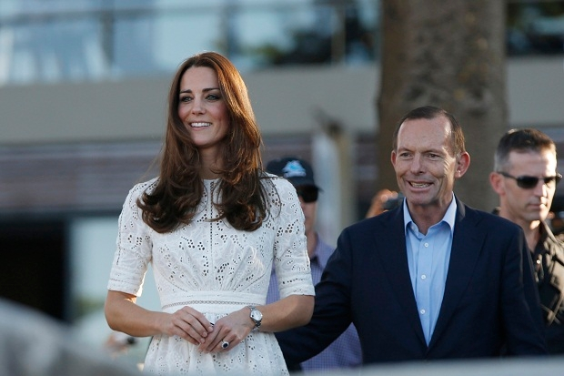 The Royals need protection from tactile Australian politicians. (REUTERS/Jason Reed   AUSTRALIA)
