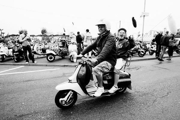 Mods gather on Southend's seafront on June 3, 2007 in Southend, England. (Bruno Vincent/Getty Images)