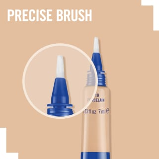 Close-up of precise brush on Match Perfection Concealer in 020 Soft Ivory