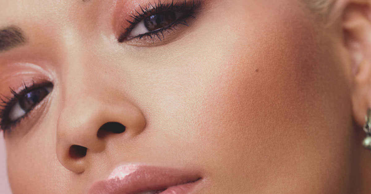 5 Faux Glow Makeup Tips To Up The
