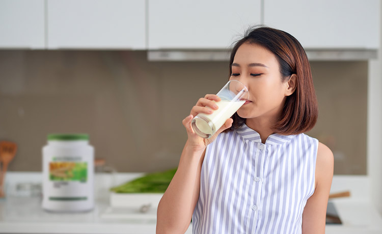 Start your day with Nutrilite Soy Protein_3